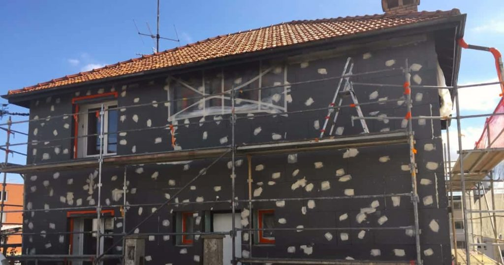 Rénovation de façade mur en béton